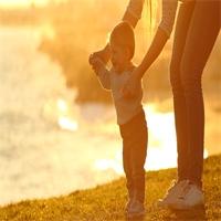 Protéger la mère et son enfant: la mission du Département
