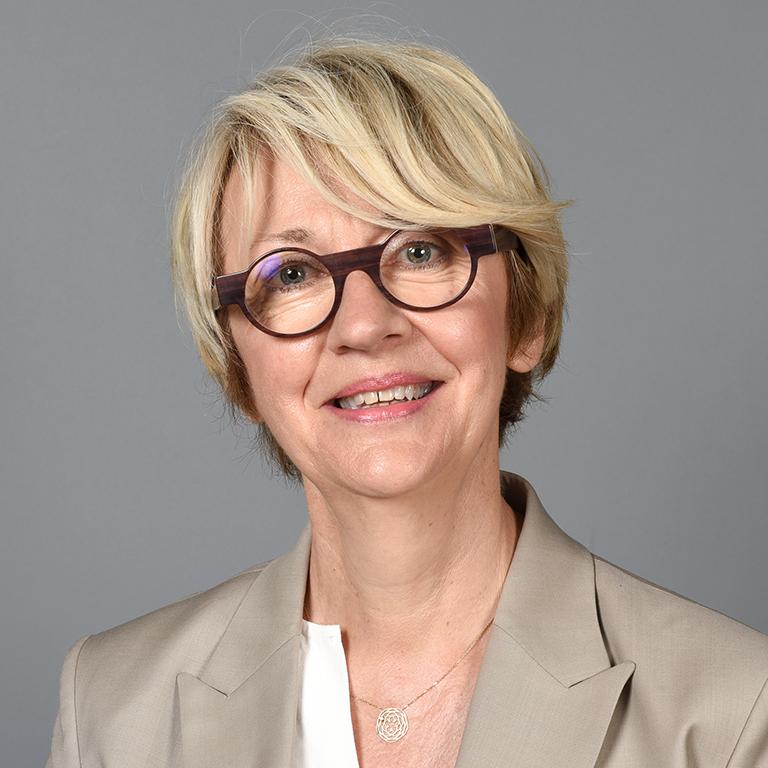 Régine BEGEL